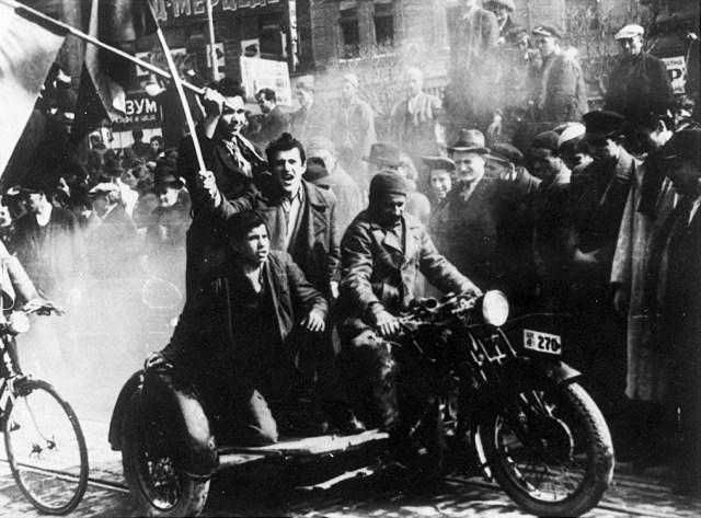 Demonstracije_u_Beogradu_27._marta_1941