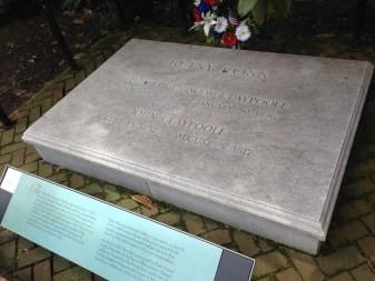 Betsy Ross grave site, Philadelphia