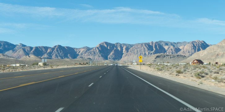 Las Vegas - West into the mountains