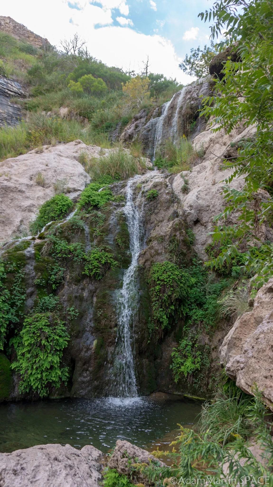 Sitting Bull Falls - Upper Falls