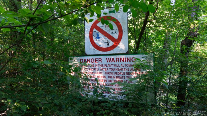 Apple River Falls - Power plant flood warning sign