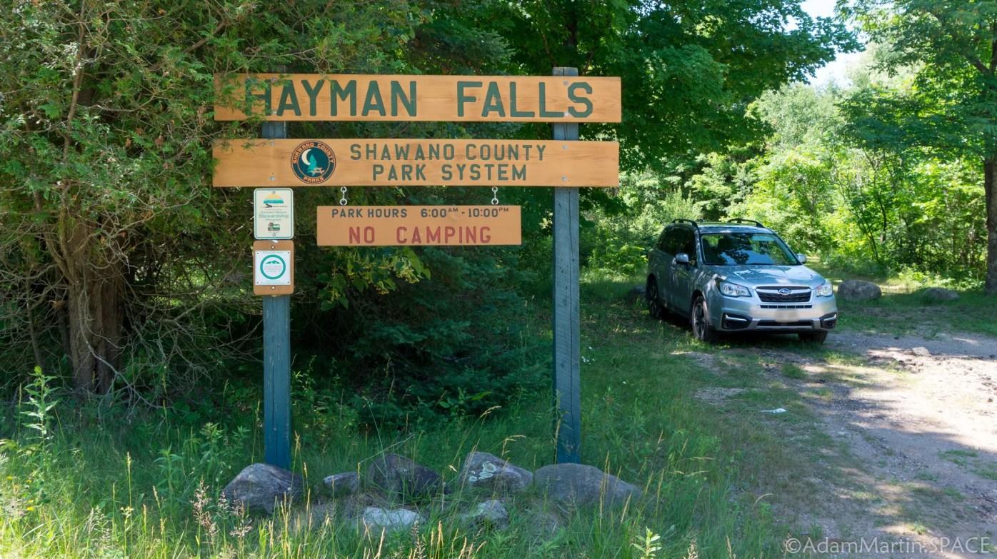 Hayman Falls - Entrance sign