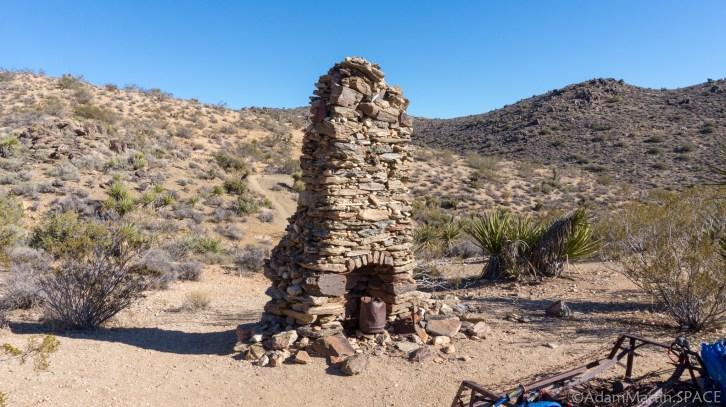 Joshua Tree - Chimney Ruins on Lost Horse Loop