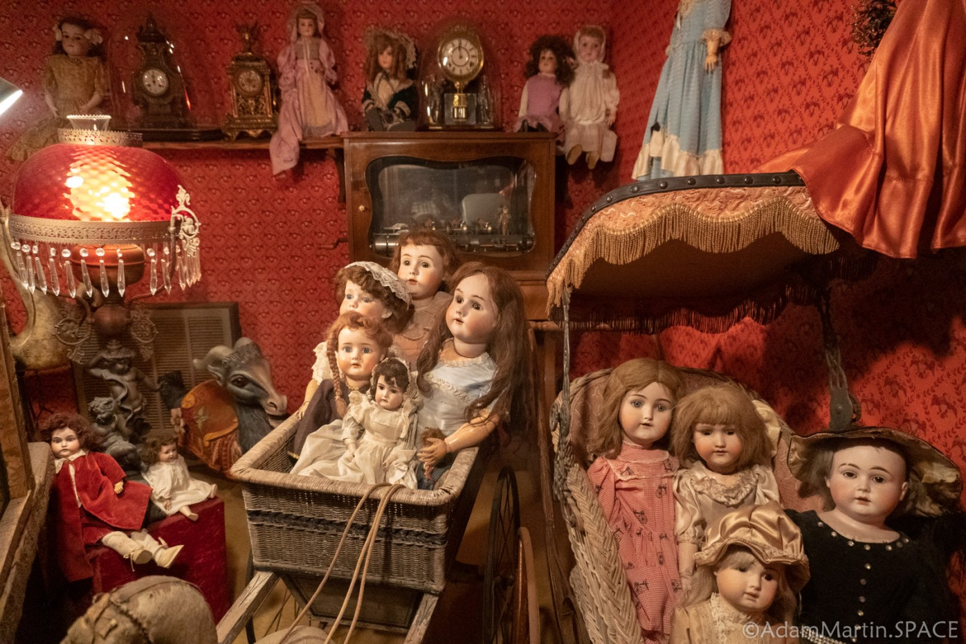 House On The Rock - Creepy Ass Dolls