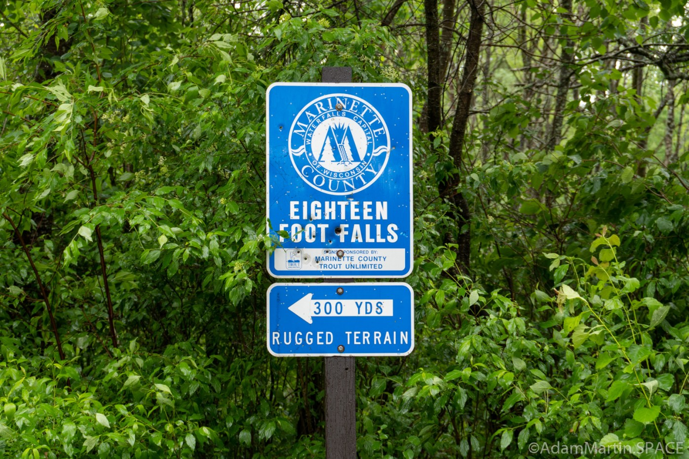 Eighteen Foot Falls - Trail sign