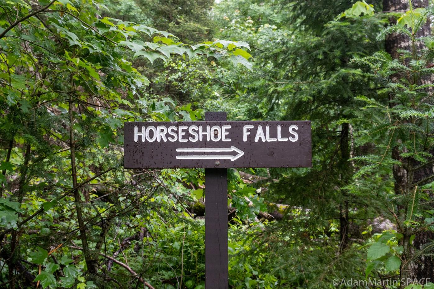 Horseshoe Falls - Sign at trail head