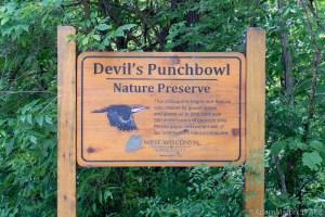Devil's Punchbowl - Large wooden sign