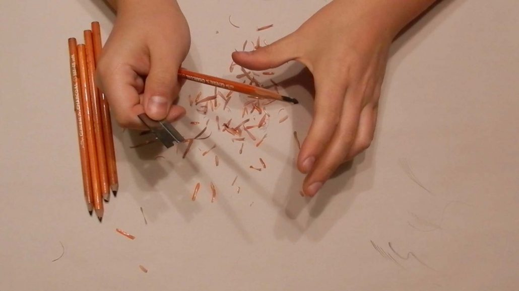How To Sharpen Charcoal Pencils Process 2