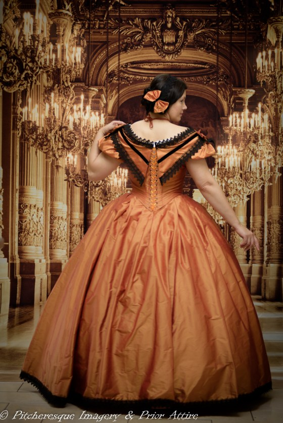 Making A Mid Victorian Ball Gown A Damsel In This Dress