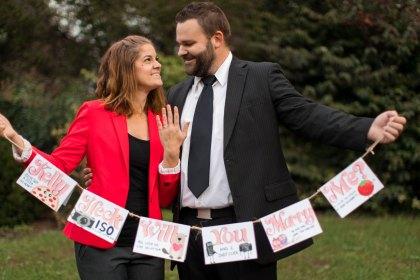 adam-stultz-proposes-kelly-heck-engagement