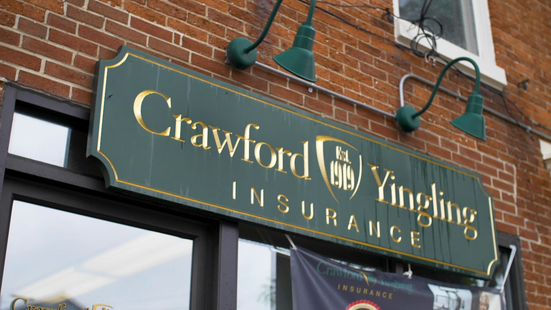crawford-yingling-insurance-store-front-sign-green-gold