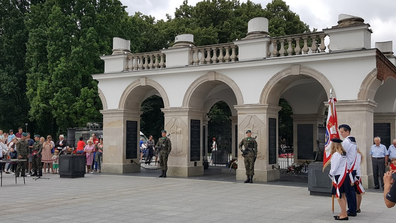 Rebecca M. Townsend – Tomb of the Unknown Soldier in Piłsudski Square, Warsaw CC-BY-ND