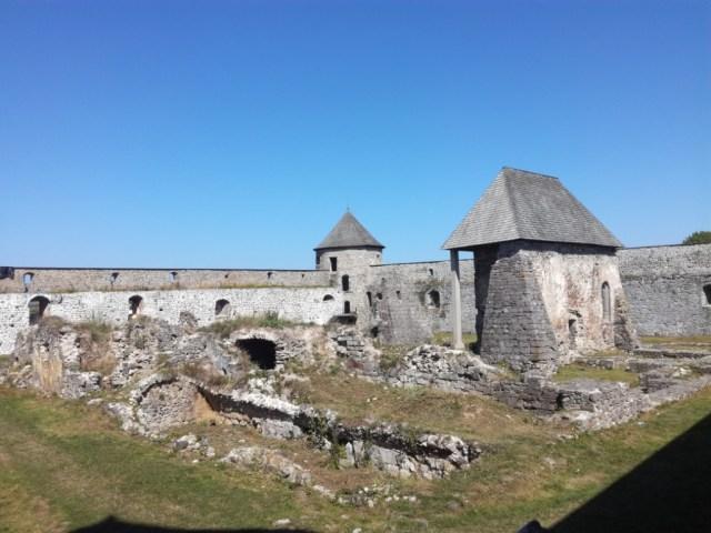 protiturecka pevnost bzovik hont slovensko