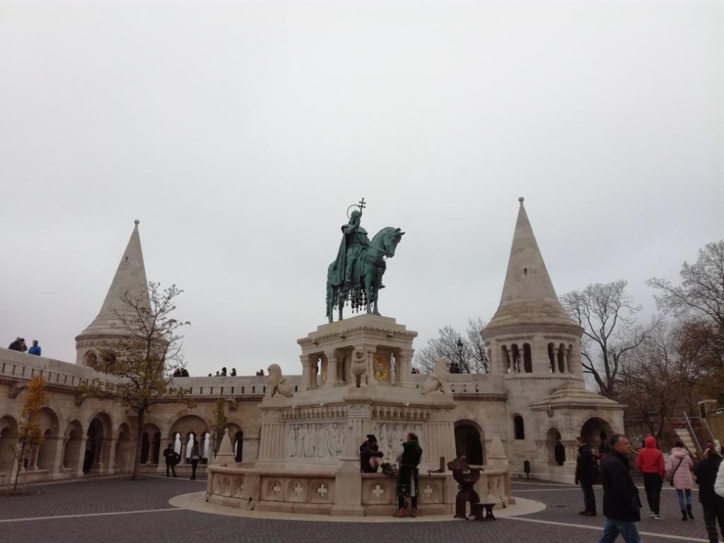 socha sv. stefana budapest madarsko