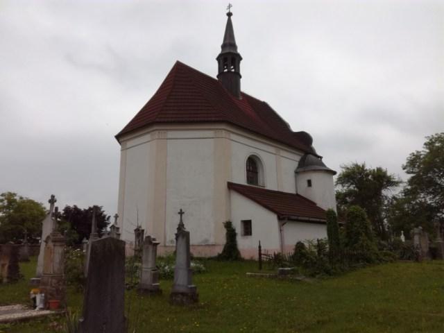 kostol sv. frantiska pribor lasska brana beskyd severna morava sliezsko cesko beskydy valassko