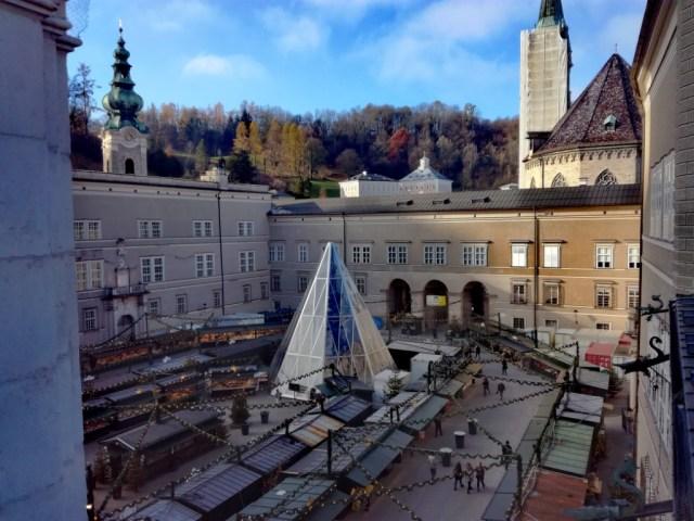domplatz salzburg rakusko