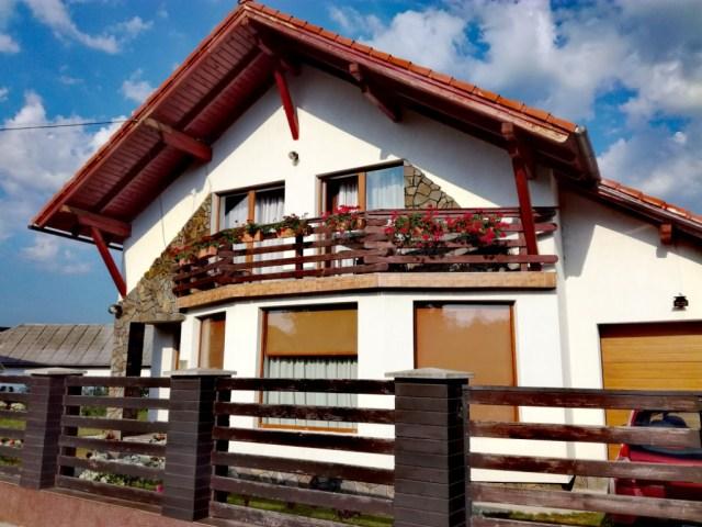 house cornestean maramures rumunsko romania airbnb