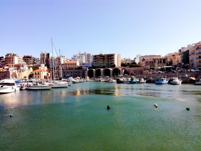 iraklio iraklion heraklion kreta grecko benatsky pristav lodenice