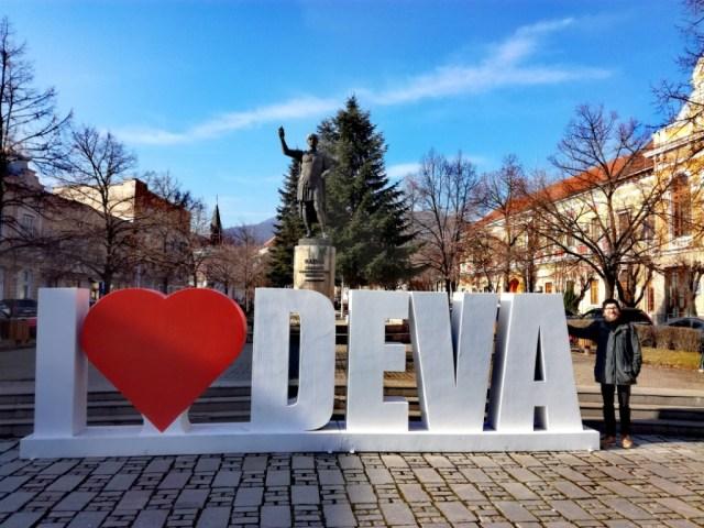 deva sedmohradsko transylvania rumunsko romania hunedoara statue of trajan
