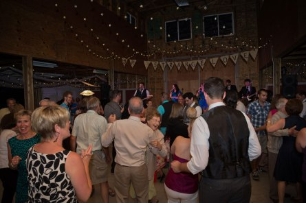 wedding-dancing-AH2_1796