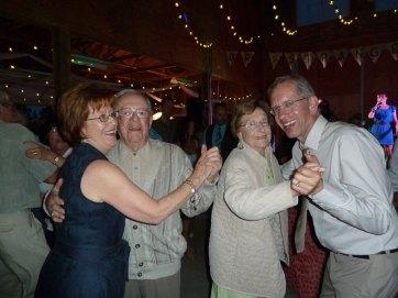 wedding-dancing-P1000580