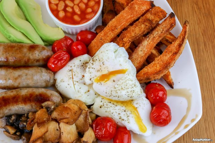 The BEST British Fry Up Ever! - IIFYM+ Thrive inspired