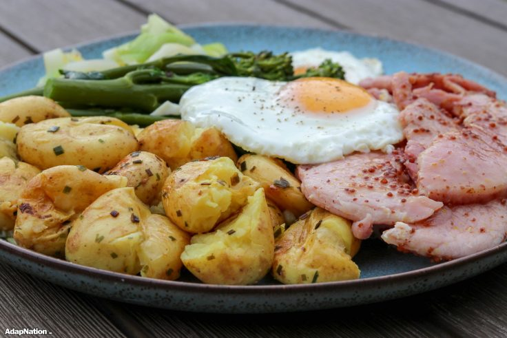 Honey Gammon & Eggs with Buttery Crushed Potatoes p3