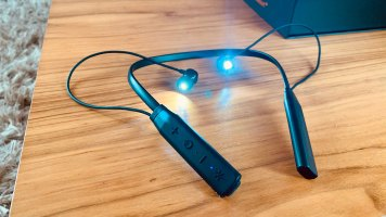 Valkee HumanCharger Light-Emitting Earphones