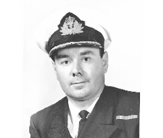 Douglas Benn Obituary