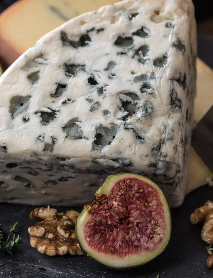 My Ultimate Guide to French Cheese: 15 of the Best Cheeses to Try in France