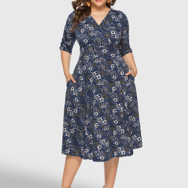 Plus Size Navy Wrap Random Floral Print V Neck Dress 2