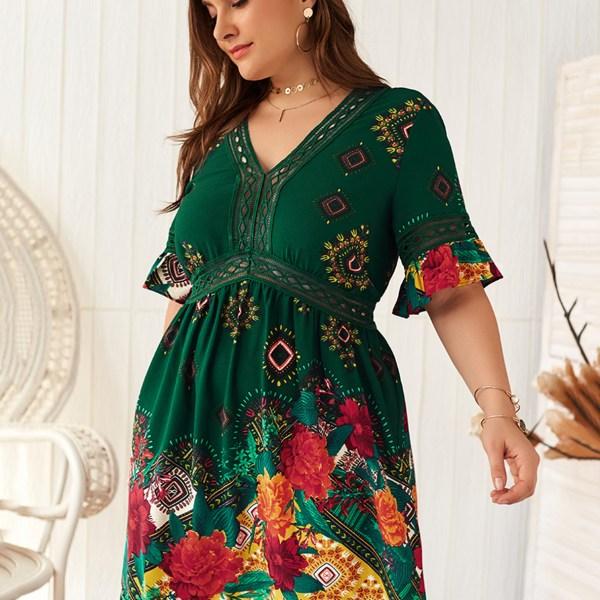 Plus Size Green Random Floral Print V-neck Half Sleeves Dress 2