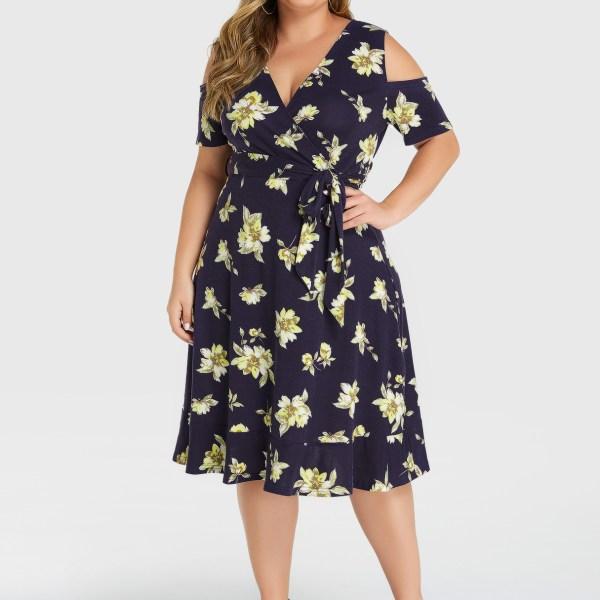 YOINS Plus Size Navy Random Floral Cold Shoulder Dress 2