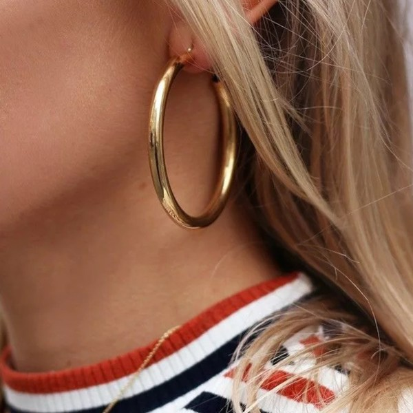 Gold Color Thick Round Metal Earrings 2