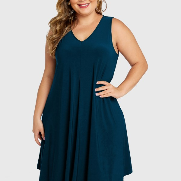 YOINS Plus Size Lake Blue V-neck Sleeveless Dress 2