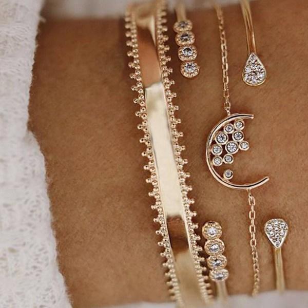 Gold Diamond Detail Four-piece Suit Hoop Bracelet 2