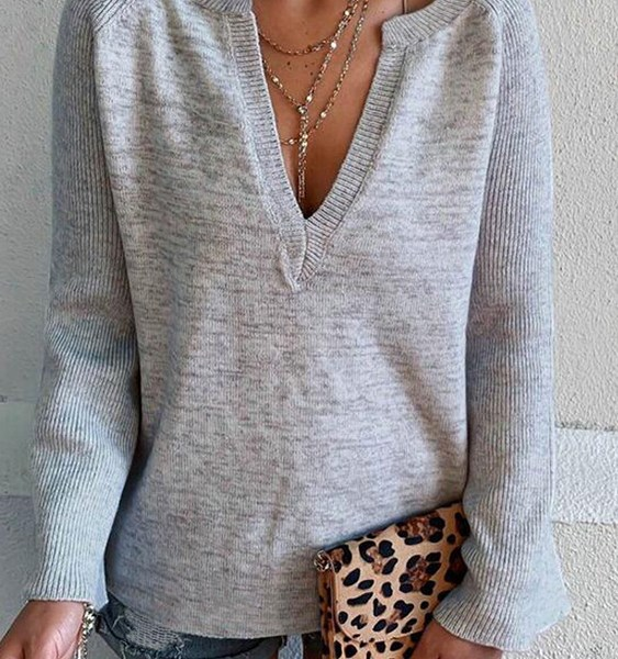 Grey V-neck Long Sleeves Knit Top 2