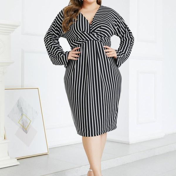 YOINS Plus Size Black Twisted Stripe V Neck Dress 2