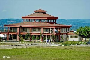 Igenge palace at Igenge hill