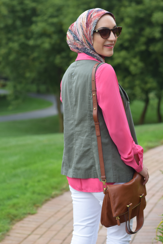 A Day In The Lalz; Transitioning To Fall Fashion; Fashion Blog; Modesty; The Limited; Green Vest; Pink;