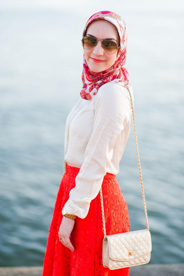 A Day In The Lalz Fashion Blog, Banana Republic Red Lace Midi Skirt, Hijabi Fashion Blog, Baltimore, Canton Waterfront Park, Hijabi Style, Spring Skirt Style, Stuart Weitzman Nude Heel