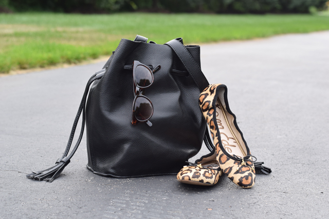 Leopard Flats & Bucket Bags-Transitioning to Fall-Fashion Blog-Sam Edelman Felicia Flat-Bucket Bag