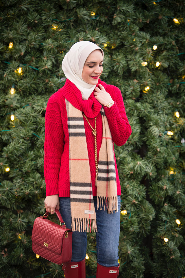 Baltimore Christmas Village - Red Sweater - Holiday - Christmas Outfit - Fashion Blogger - Burberry Scarf
