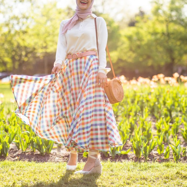 A Guide to Midi Skirts