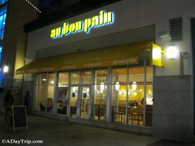 The entrance to the Au Bon Pain at Legacy Place