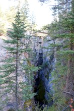 Beautiful views along the Maligne Canyon trail in Jasper National Park.