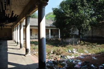 pegu-club-courtyard