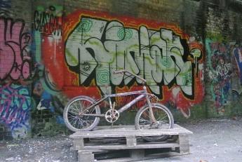 Art at the abandoned Botanic Gardens station