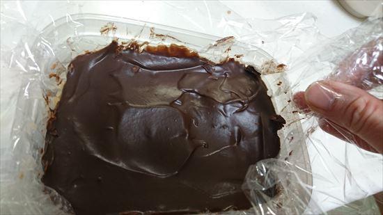 生チョコのクッキングシートの代用 ラップだと外すときに便利