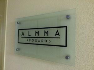 letrero.almma-addachile
